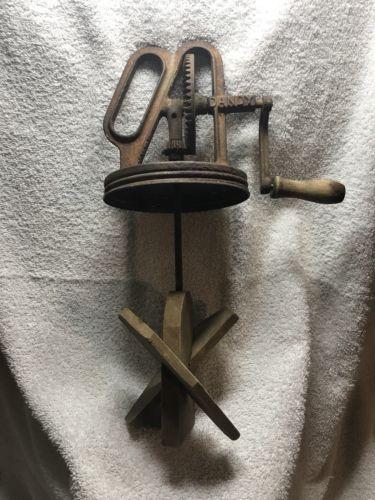 Antique / vintage / old Dandy Hand Crank Butter Churn Gear Drive Wooden Handle
