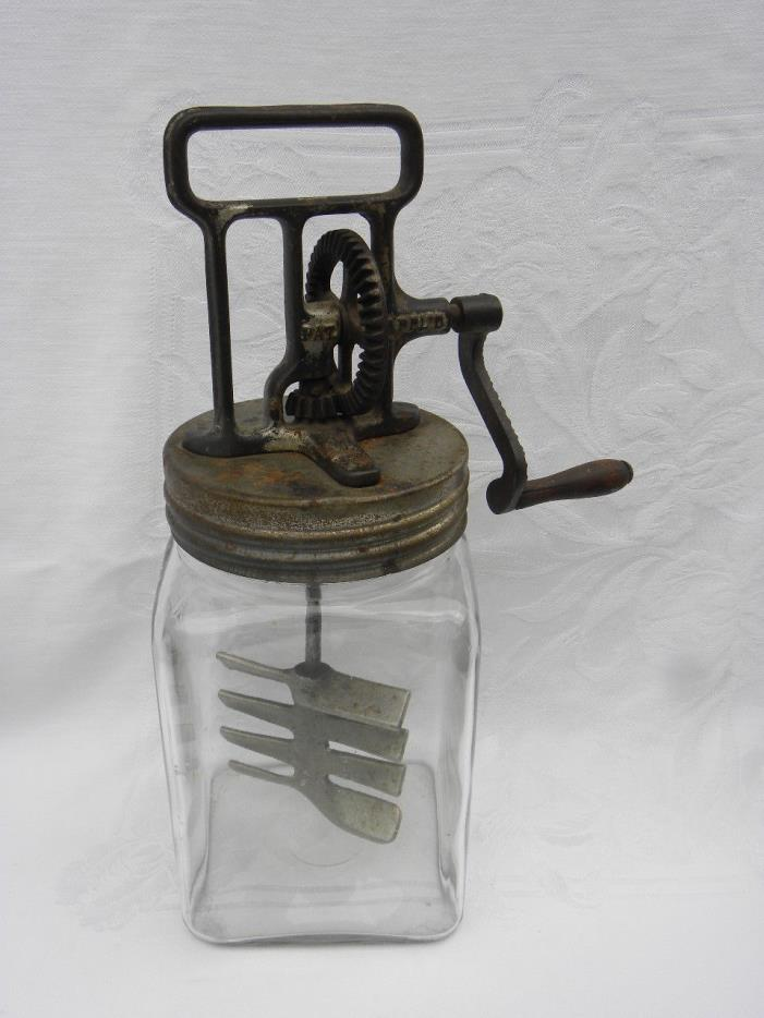 Antique Gunn Mfg. Co., Inc., Philadelphia, PA 2 Qt. Butter Churn w/Metal Paddles