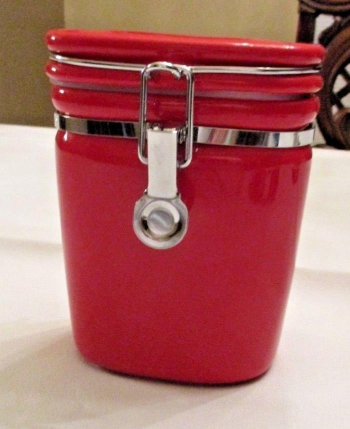 HUES N BREWS RED STONEWARE SEALING CANISTER FOR TEA OR COFFEE