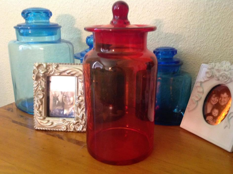 BEAUTIFUL CHERRY RED ANTIQUE HAND BLOWN APOTHECARY JAR CANISTER 10x5