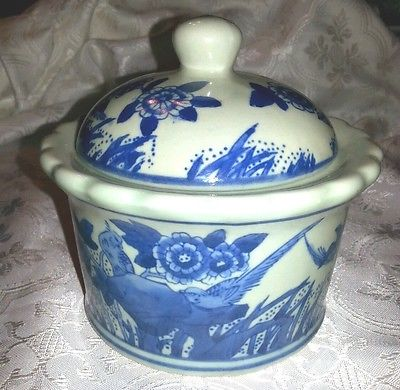 Oriental Covered Sugar Bowl Birds w/ Flowers Blue & White Ceramic (Salt Glazed?)