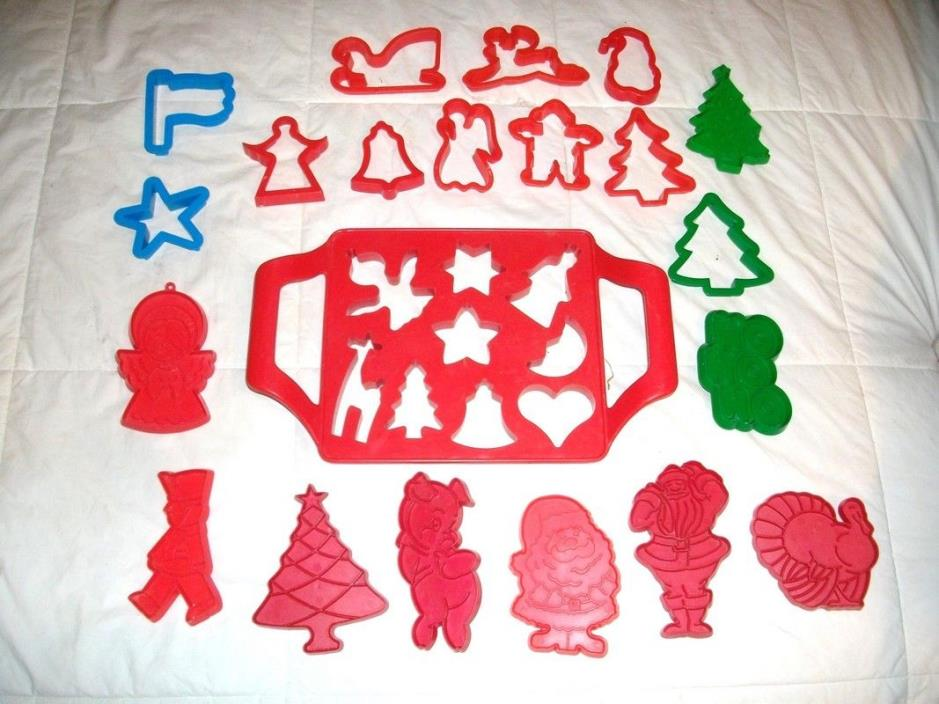 20 Christmas & Thanksgiving cookie cutters & 9 cookie cutter tray  > SALE <