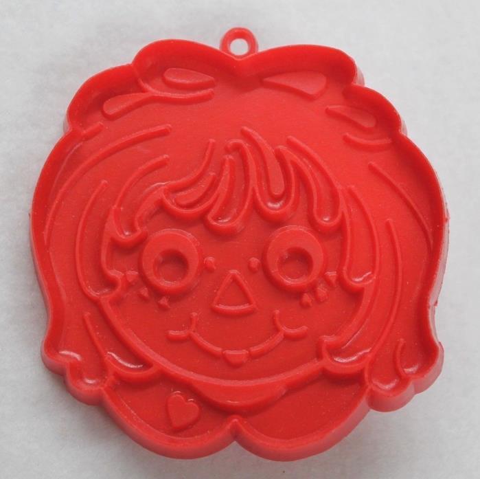 Hallmark Cookie Cutter Raggedy Ann Doll Face Head Vintage 1978 Bobbs-Merrill