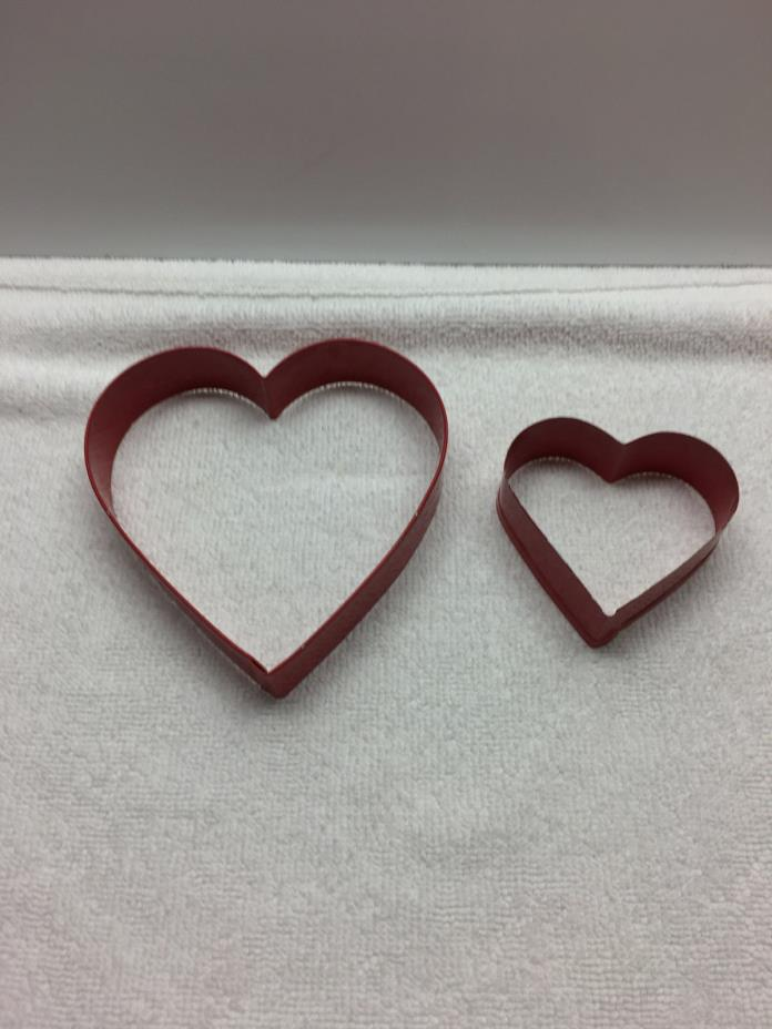 2 Metal Cookie Cutters  Nesting Hearts  Valentine's Day  Red  3
