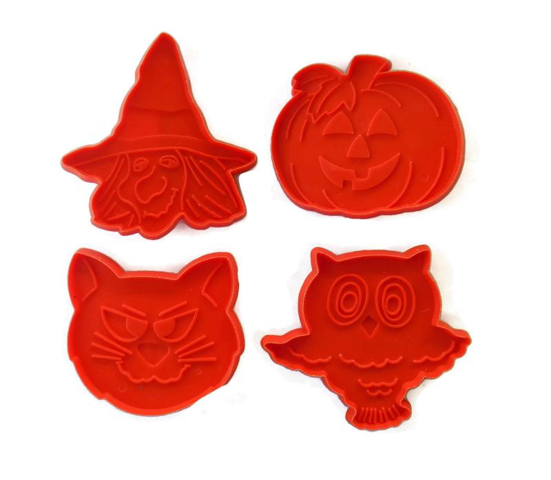 4 HALLMARK Cookie Cutters HALLOWEEN Plastic Orange CAT WITCH OWL JACK 0'LANTERN