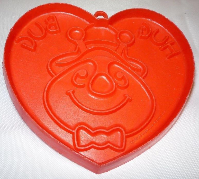 1979 Hallmark Valentines Day Heart Hug Bug Cookie Cutter Red Flexible Plastic