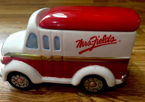 VINTAGE MRS. FIELDS CERAMIC RED WHITE & GOLD MILK DELIVERY TRUCK COOKIE-MINT