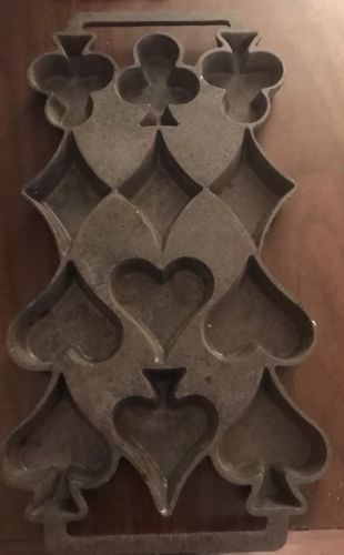 Rare Antique Cast Iron Hearts,Spades,Diamonds & Clubs Corn Bread Muffin Pan Mold