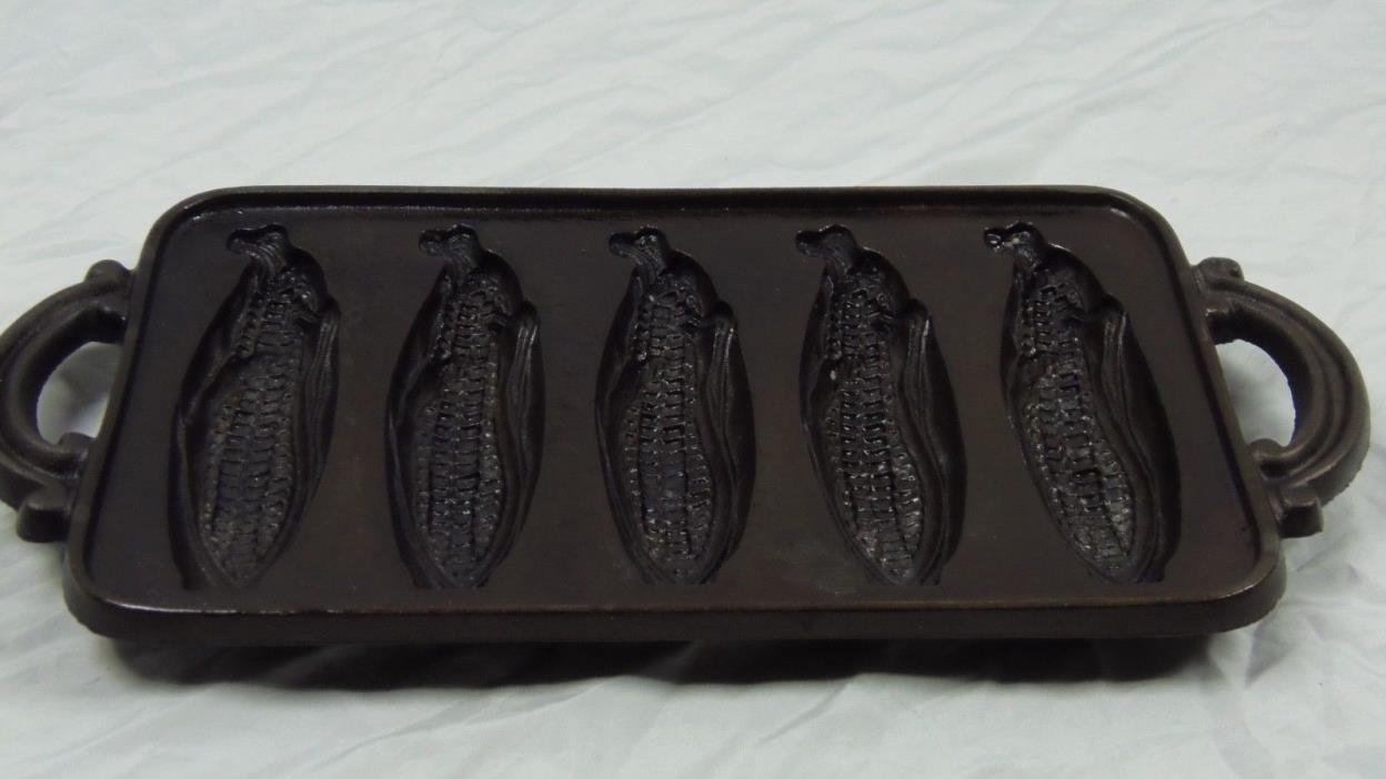 Corn Husk design Lodge Cast Iron 5 Section Cornbread pan