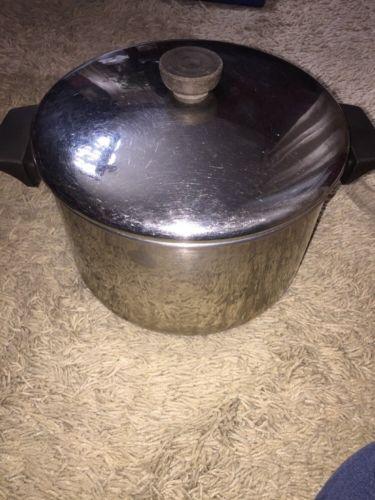 Revere Ware 6 Qt. 5.7 Stock Pot with Lid and Aluminum Bottom 2066 Korea C 91 A