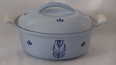 DRU Holland Cast Iron Enamelware Casserole Pot w/ Lid Blue Tulip #20