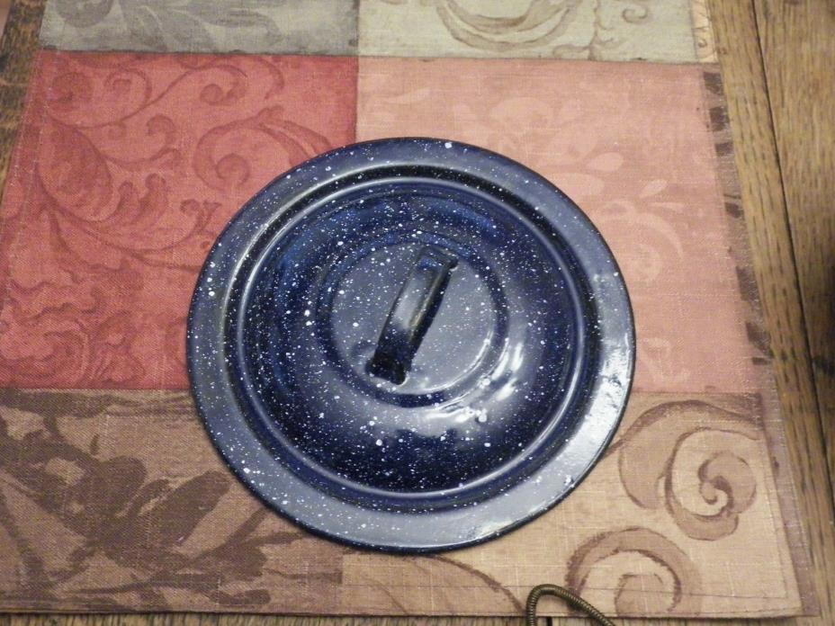 VINTAGE BLUE & WHITE SPECKLED LID  6.75 INCH DIAMETER Hard to Find Size