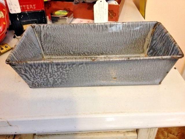 Vintage Graniteware Loaf Pan 11