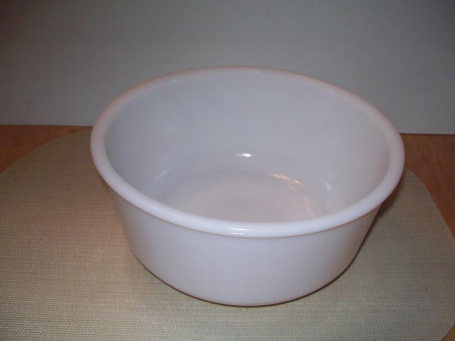 Vintage HAMILTON BEACH Kitchen Electric Mixer Large White Glass Mixing Bowl GUC