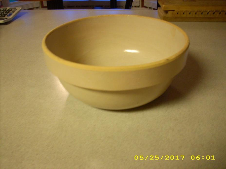 Vintage Glazed Tan Pottery Mixing Bowl