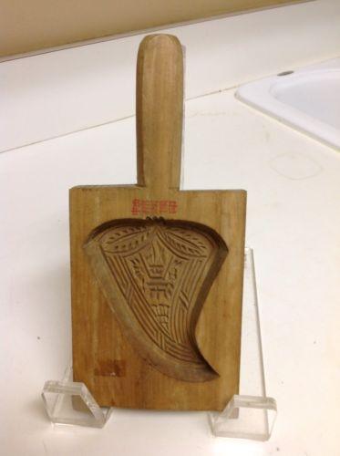 Vintage Carved WOOD Wooden LEAF Butter MOLD Paddle Primitive