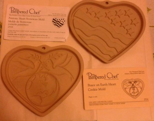 Set of 2 New Pampered Chef PEACE ON EARTH HEART & PATRIOTIC COOKIE MOLDS
