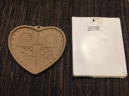 Pampered Chef stoneware cookie mold~kitchen decor~SEASONS OF THE HEART