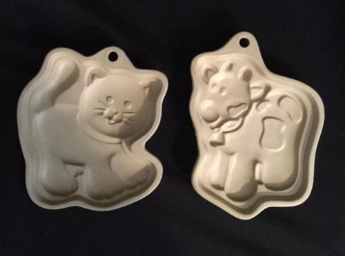 Stonewear Cow and Cat Cookie Mold