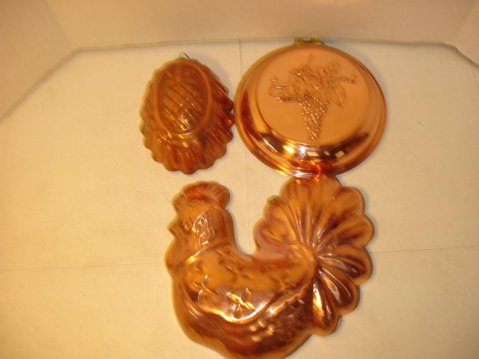 VINTAGE TRIO OF COPPER KITCHEN MOLDS