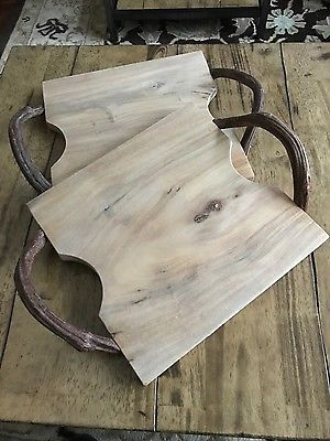 Roost cutting boards with vine handles (set of two) in excellent condition