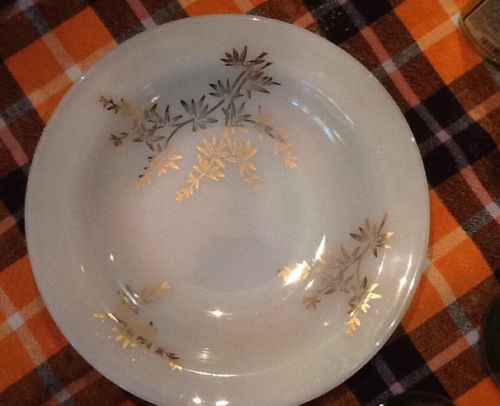 1950's VTG Milk Glass Pyrex Corning White & Gold,  4 Soup/ BERRY Bowls