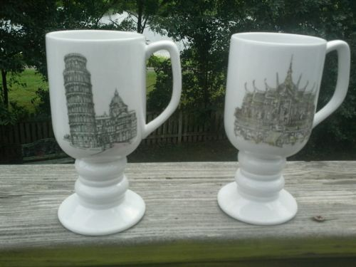 Vintage Kitsch mugs 1965 Kaysons international set of two