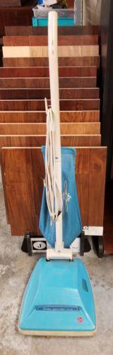 Vintage Hoover Deluxe Convertible Vacuum Cleaner U4005 turquoise