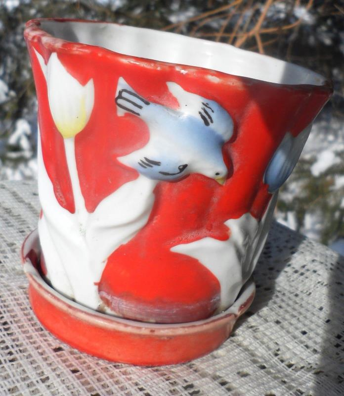 JAPAN pot w/attached saucer RED with TULIPS & BLUE BIRD 3 1/2