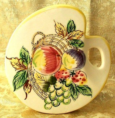 Vintage Ceramic Wall Pocket Artist Pallet with Fruit