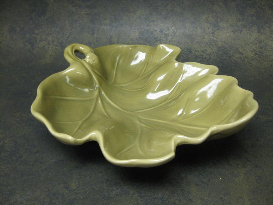 Green Leaf Shaped Pottery Bowl Dish Centerpiece Home Decor