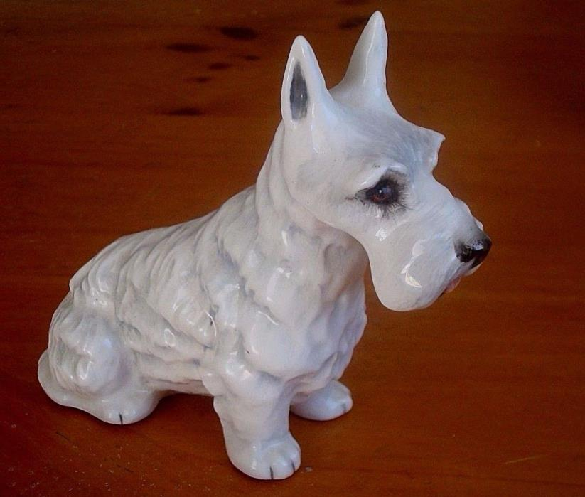 Vintage Royal Crown Adderley Scottish Terrier Scotty figurine, made in England