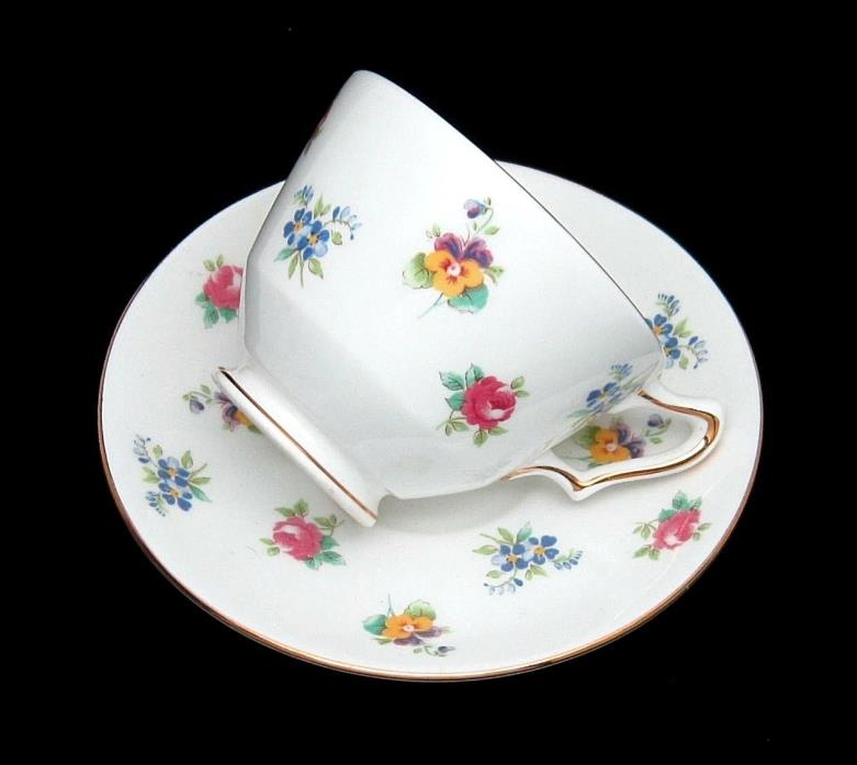 CROWN STAFFORDSHIRE ENGLAND MULTI FLOWER FLORAL FINE BONE CHINA CUP & SAUCER