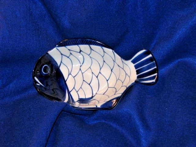 Dansk Arabesque Hand Painted Cobalt Blue & White Fish Chowder Bowl EUC 9.5