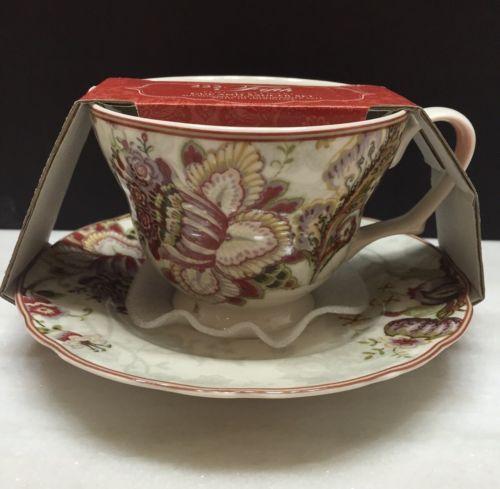 222 FIFTH GABRIELLE CREAM Tea Cup & Saucer Set Brand New