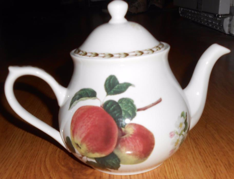 QUEEN'S COLLECTION CHINA HOOKERS FRUIT TEAPOT APPLES BLOSSOMS TEA