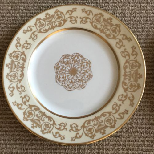Pickard Ravenswood Dinner Plates Gold set of 13