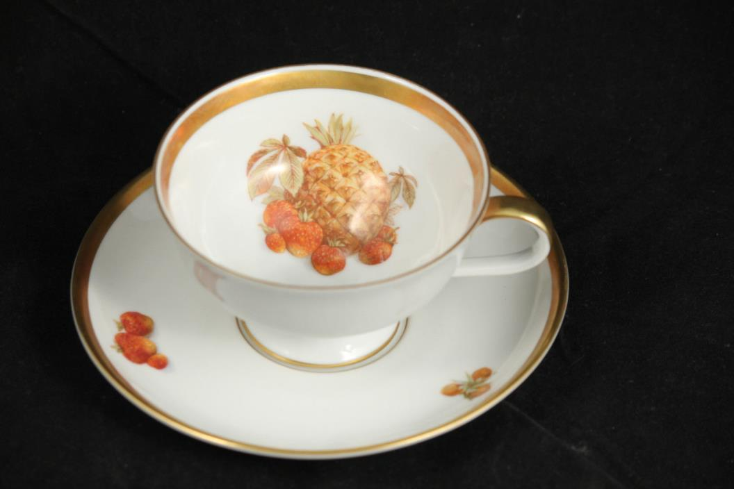 Golden Crown Jaeger PMR E&R Bavaria Germany Cup & Saucer Pineapple Collectible