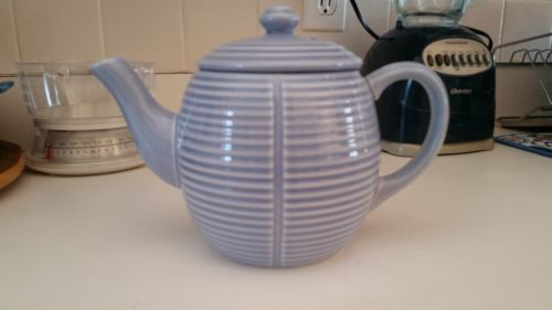 Sale! THOMAS O'BRIEN 2003 VERANDA TEAPOT 40 OZ Light Blue-Purple EMBOSSED RINGS