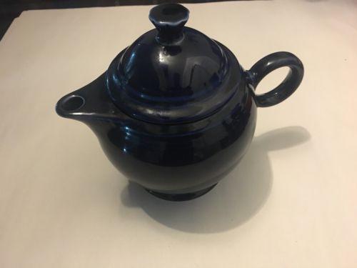 Fiesta Ware Cobalt Blue 36 oz Teapot w/ Lid