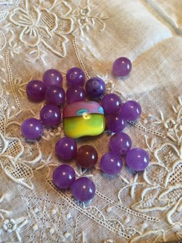 Vintage Glass Beads Crafting Jewelry Making  Parts Lot P-21