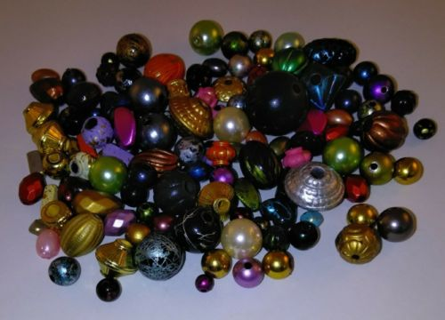 108 Mix Vintage Beads*Plastic*Assorted Colors