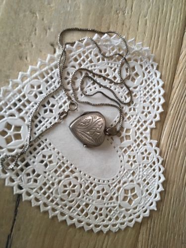 Vintage Sterling Silver Hand Wrought Heart Locket Necklace