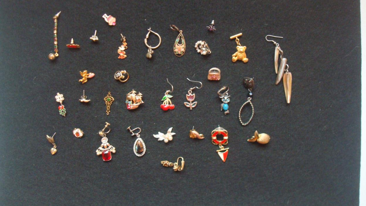 HUGE Lot of Single Ear Rings & Pins.. Minnie Mouse, Christmas, Designer, Troll