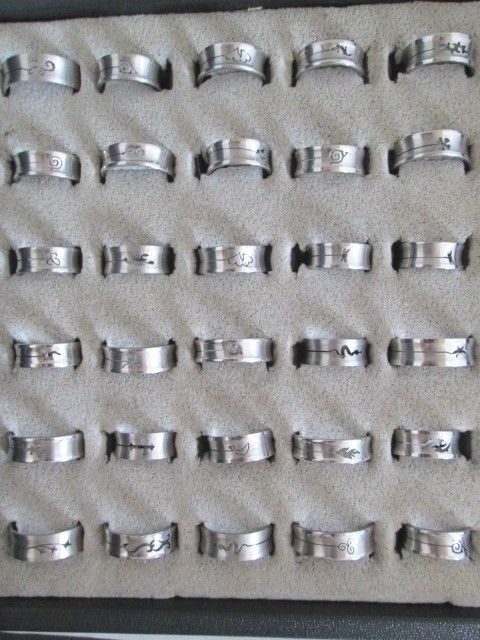 Wholesale Ring Lot 30 Stainless Steel Bands cut out design Mixed Sizes US.Seller