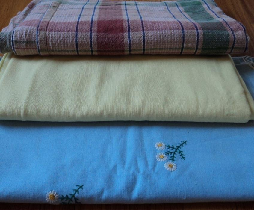 Vintage  Fabric  Tablecloth  Cutter  Lot 6 p