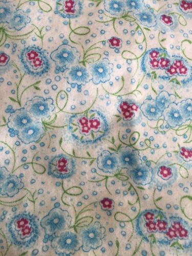 Vintage Cotton Flannel Fabric 32