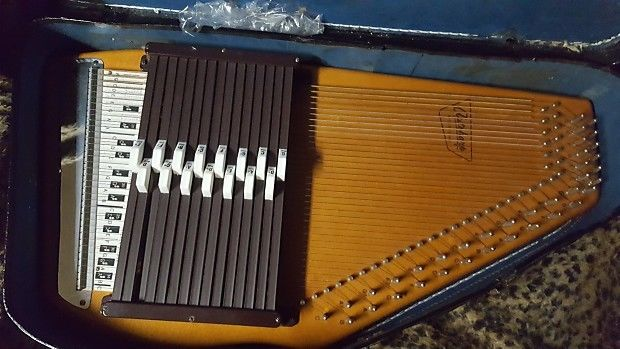 Oscar Schmidt Vintage Autoharp 36 String 15 Chord w/Case 1 Chord Bar Needs Fix