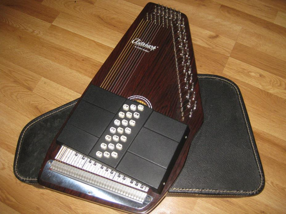Autoharp Oscar Schmidt 21 Chord Made in the USA with Case Ready to Play