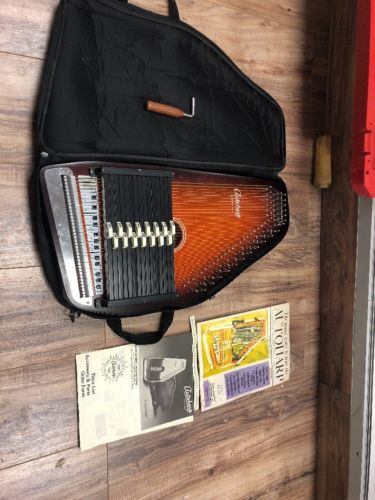 Oscar Schmidt 15 Chord Autoharp, Maple Body, OS15B 36 strings